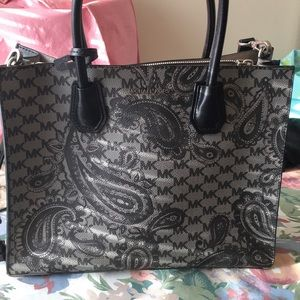 Micheal kores bag new heavy